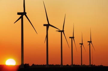 Don't let the sun set on wind energy!